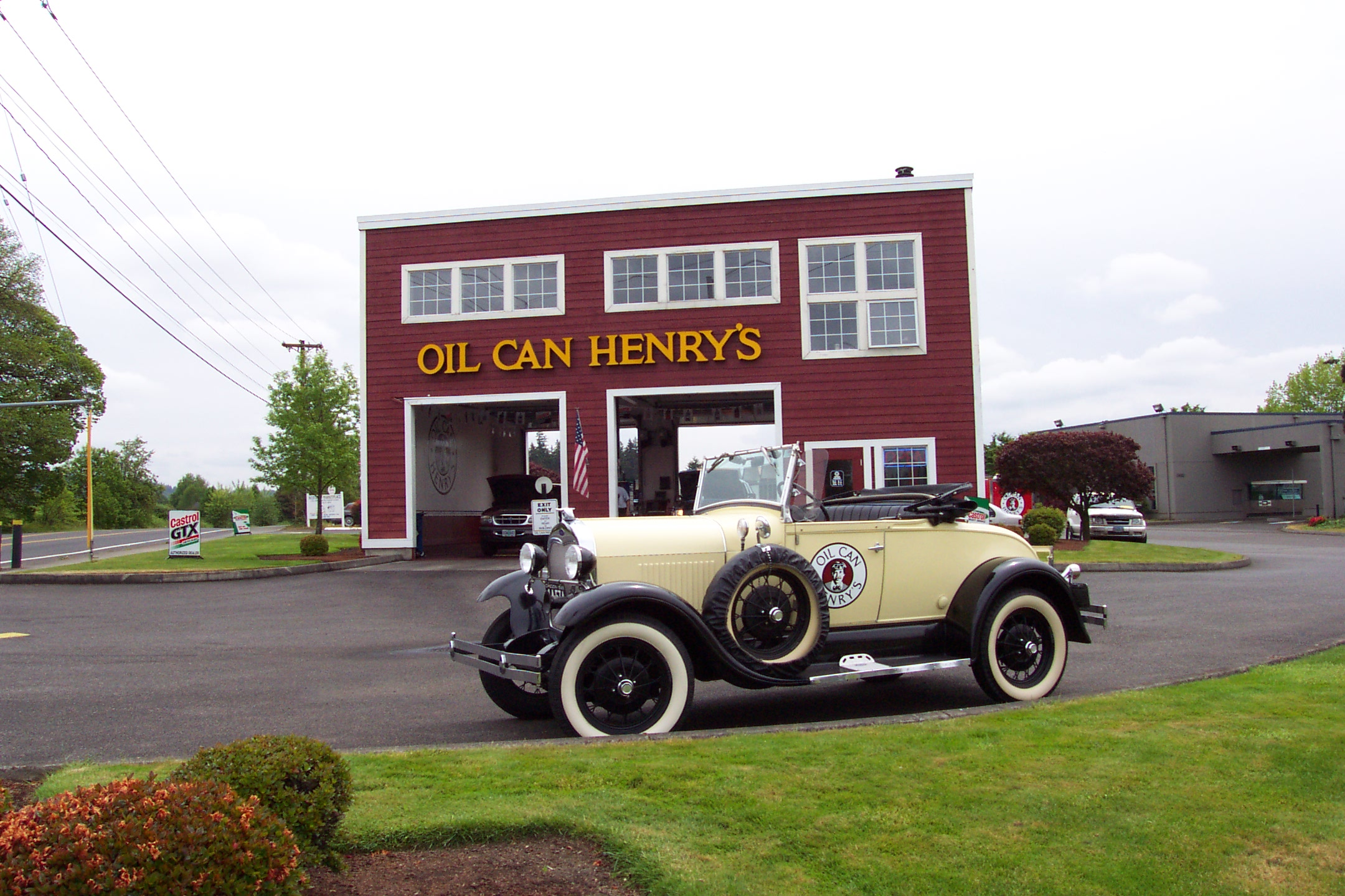 Oil Can Henry's in Milwaukie, Oregon